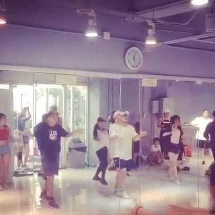 Nico大师课第二天的舞!还是顺顺顺😄😄我继续努力哈#舞蹈#