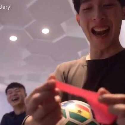 运动挑战 第四期 跟着@刘阳Cary 一起加强臀腹吧! 摄影师@付老丝 下一期邀请谁挑战呢?留言告诉我吧🤘🏻🤘🏻