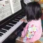 索菲亚3岁11个月 钢琴弹奏《扬基歌》😘🐣