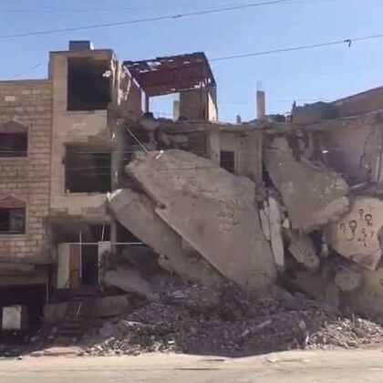 现场直击:粮食署自今年四月以来首次将救援物资运进叙利亚被围困冲突区