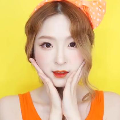 #美妆时尚##我要上热门##橙子妆容#秋冬来临,橙子妆就要退出视线了吗?😱当然不?在冷风瑟瑟的季节,暖色调的橙子妆也能带来不一样的气质~😍#暖色系妆容##韩国彩妆#