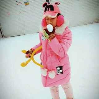 #堆雪人#宝贝和她的朋友一起玩的很开心,😃😃😃😃#逛街##蒙眼食物挑战##感谢美拍小助手#快乐的一天😊😊😊😊