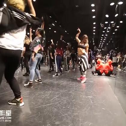 北京嘉禾舞社 Janelle Ginestra 2016 北京Workshop | 想学最好看最流行的舞蹈就来嘉禾舞蹈工作室。报名热线:400-677-8696。微信账号zahaclub。网站:http://www.jiahewushe.com#舞蹈##嘉禾舞社##嘉禾#