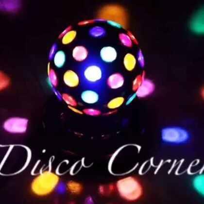 Disco Corner vol.4 这周迎来了潇潇姐 布布 思思 小慧的加入,咱们的练习会又壮大啦哈哈,视频部分放出7 to smoke环节的精彩剪辑——至于为什么没我 因为我在录像啊哈哈哈哈哈哈#Disco Corner##waacking##舞蹈# 结尾有彩蛋不要错过哦🤔