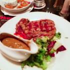 #吃秀#还是在伦敦……走路找吃的好累……#英国美食##英国留学##伦敦日常#angus牛排在伦敦很受欢迎,我吃的菲力是18.50磅,属于快餐性质吧……