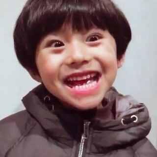 韩总的演技秀。各位看官请勿在进食时观看。😁😁#韩韩baby##一秒哭笑小影帝##童模# 这是韩韩妈账号----@贝er是你的小太阳