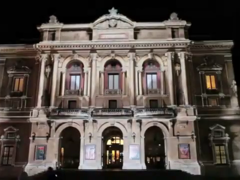 【我是科技控美拍】见所未见:裸眼4D投影秀,从50秒...