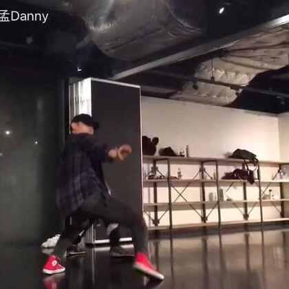 东京EN kelo的课!😂😂打算这几天多发几个#舞蹈##EN#