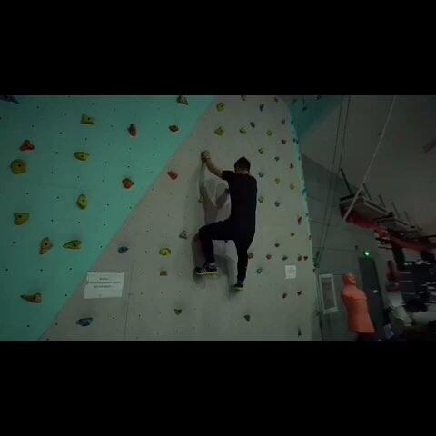 【十三Film影视工作室美拍】#随手美拍#这么玩攀岩才够爽