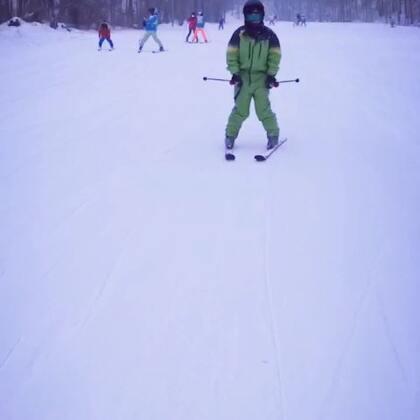 刚学会滑雪⛷😄