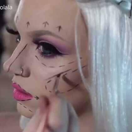 #化妆##芭比娃娃##时尚美妆# 芭比娃娃的失败整容手术Pre and Post-Op Plastic Surgery Barbie by Glam&Gore 💝