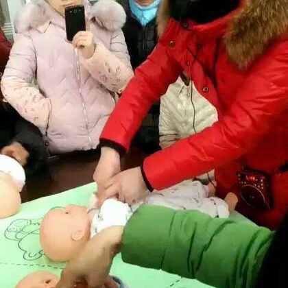 #宝宝#被动操第八节结束片!😍😍稍后学习宝宝抚触操哦哦!有兴趣的继续关注!😘