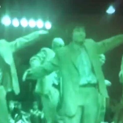 #舞蹈##popping# 留个念,10年前在 party上的popping齐舞表演,眨眨眼过得真快,那时候跳的好羞涩😂😂