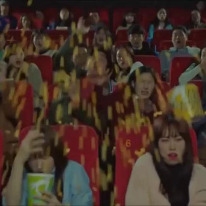#爱玩的欧尼们# 看一遍逗一遍~ 鬼怪大人是失忆了吗?是你演的《釜山行》啊~ #孔刘##金高恩##韩剧##搞笑# @搞笑频道官方账号 @美拍娱乐 @美拍小助手