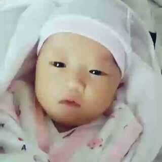 #宝宝##随手美拍##音乐#👶👶可爱的宝宝,20天了希望你健康快乐!!😘😘