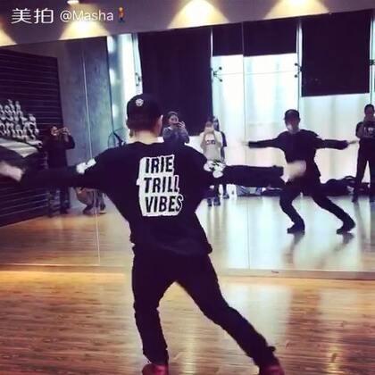 封面好奇怪🙄#男神##舞蹈##音乐##随手美拍#