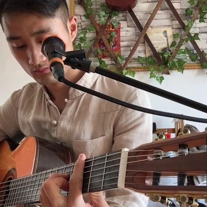 玛卡瑞纳#吉他弹唱#陈子#U乐国际娱乐#去年的视频重修处理了一下,喜欢大家喜欢!