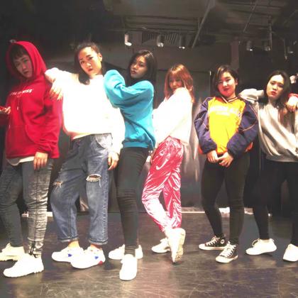 北京嘉禾舞社 ZAHA Sugar 美丽俏佳人组 Ain't My Fault |想学最好看最流行的舞蹈就来嘉禾舞蹈工作室。报名热线:400-677-8696。微信账号zahaclub。网站:http://www.jiahewushe.com #舞蹈##嘉禾舞社##嘉禾#