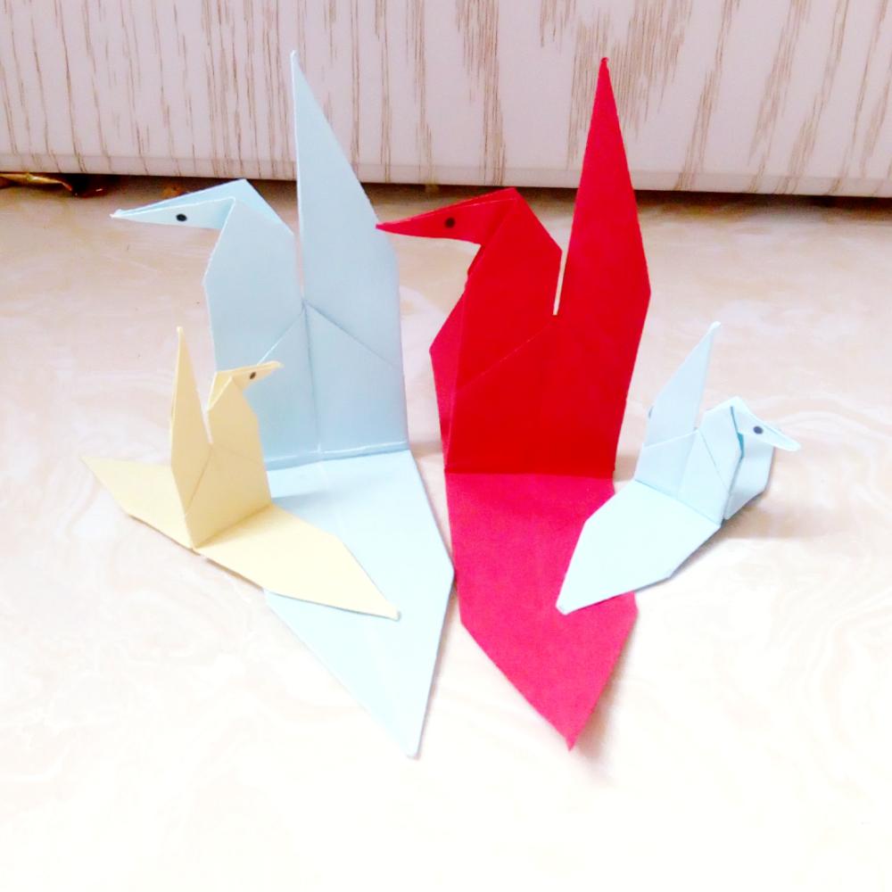 手工折纸# 可以多折一些放在家里当装饰物哦!非常美丽!