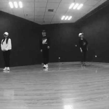 #KingSoul# 音乐:在梅边 第一部分 哈哈中文歌 很酷啊 #舞蹈##女神##男神#