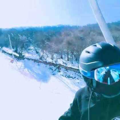 #滑雪#太子岭走起🎿单板大神和学徒#单板滑雪##我的单板滑雪日记#