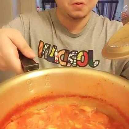 #吃秀#五花肉泡菜汤,简单易学,你会了吗?@美拍小助手 @美食频道官方号 @吃秀频道官方账号