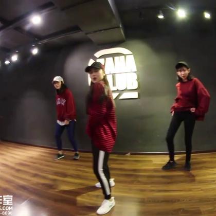 北京嘉禾舞社 面包@Anpanman-Me 编舞 Soo Good | 想学最好看最流行的舞蹈就来嘉禾舞蹈工作室。报名热线:400-677-8696。微信账号zahaclub。网站:http://www.jiahewushe.com #舞蹈##嘉禾舞社##嘉禾#