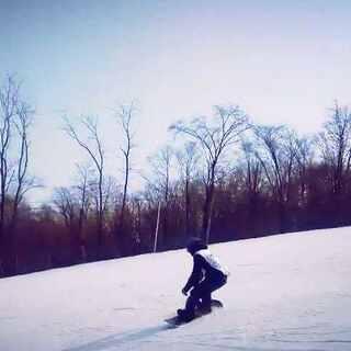 #爱上单板,白色鸦片##单板滑雪#要是有个能跟拍的人就好了