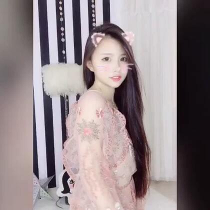 #穿秀##女神##想你,想打定话给你# 约会战袍系列。总有一款适合你❤️❤️❤️@时尚频道官方账号 @高颜值频道官方号