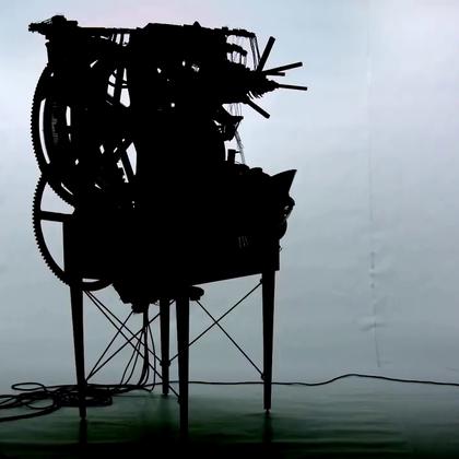 用上千个弹珠组成的音乐机,脑洞无敌了.😃😃😃