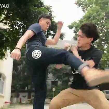 我一直以为在学校里打架是一件非常酷的事情。。#搞笑##逗比##热门##广州让格#