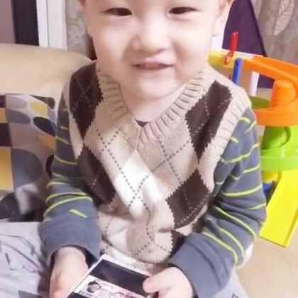 真逗嘿……😜#帅帅成长记##宝宝##搞笑宝宝#