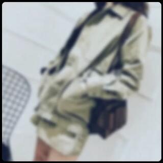 第一季度 港风系列上新 自我感觉还可以 有你们喜欢的吗 有没有酷酷滴赶脚 #穿秀##港式自拍##港风#我喜欢有设计感的衣服 不想随意烂大家 谢谢观赏