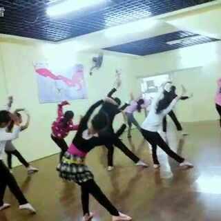 #舞蹈#,刚刚排练完,只上了几节课的么么哒们就能跳成这样真心不错,加油,#宝宝##张佳琦#,完整版