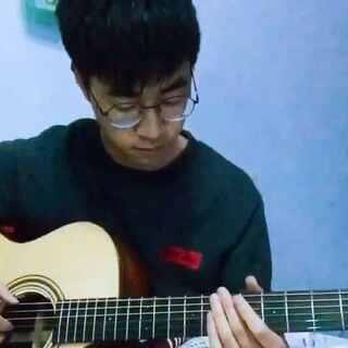 每次听到泛音都有空灵的感觉😊#指弹吉他##音乐#