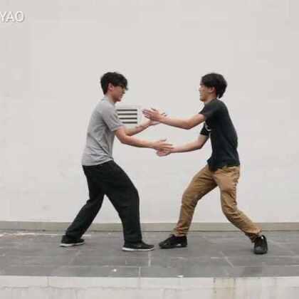 如何区分朋友与死党的区别。。#搞笑##热门##校园##广州##粤语##广州让格#