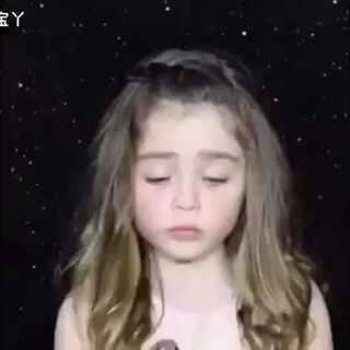 """#美妆时尚#美妆##爱美妆##美妆相机宝宝妆#【6岁的""""化妆师""""】还记得你6岁的时候在干嘛吗?这个澳大利亚6岁小姑娘的化妆术已经碾压不少成年人了"""