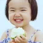 小蛮喜欢阴天的海边。#可爱吃货小萌妞##吃货小蛮#