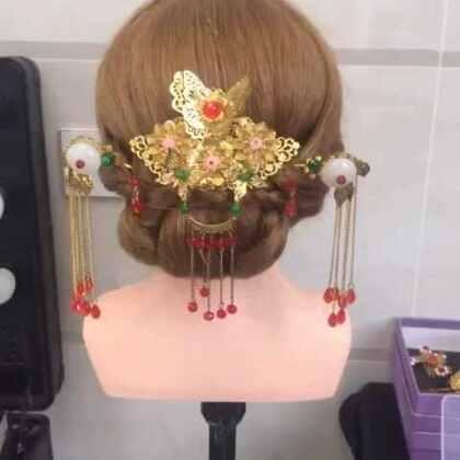 中式新娘发型,微信号:miumiu708#中式发型##中式新娘发型##进入美妆时尚频道##我要上热门@美拍小助手#