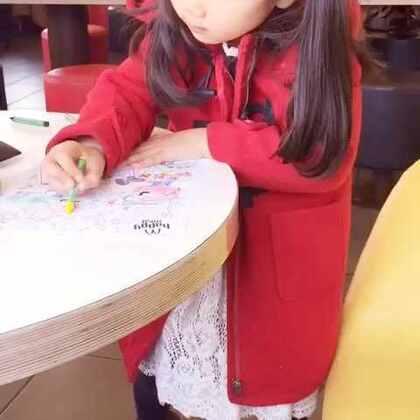 想大家了😘😘😘不知道大家还记得搞怪的小P不?☺我在麦当劳发呆中,你们呢😉#宝宝#