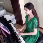 《成都》钢琴演奏。☺流行了很久的歌,到现在才弹。😝改编成了适合初学者的C调,左手伴奏有规律。🔥五线谱:http://c.b1wt.com/h.4Lql6B?cv=6ePxZHEiKPf&sm=03d814 简谱:http://c.b1wt.com/h.4Lqw5I?cv=hud6ZHEiGfq&sm=314faa #音乐##钢琴##成都#