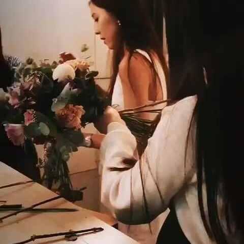 【董敏笛子美拍】女人如花,花如女人。女人配花花...
