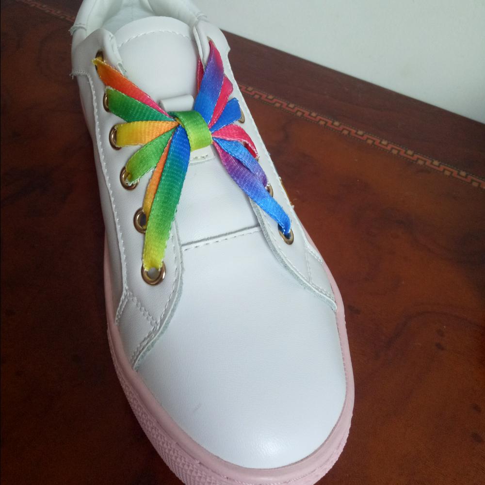 花样系鞋带杨姐的美拍图片