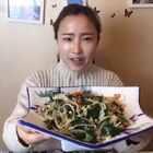 韭菜凉拌绿豆芽~😏男女吃了都特别好#美食##家常菜#