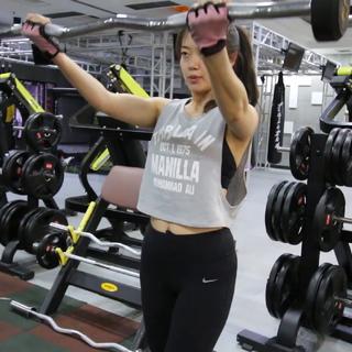 #健身日记#【宅妹 第一部分】减脂期:我的椭圆机HIIT循环+肩部训练|松饼机试用#健身#是不是很有诱惑性嘿嘿(⁎⁍̴̛ᴗ⁍̴̛⁎)话说昨天晚上外长居然把视频发啦,那个蔓越莓司康#运动健身#