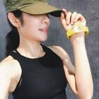 #健身日记#健身时,请忽略周围一切干扰,所以你需要一顶隔离世界的帽子。——Jin♏️@美拍小助手