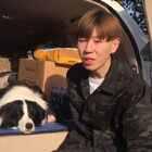 """说好的西藏行🙈嗯嗯 我也没啥计划 走到哪是哪 留言告诉我哪好玩哈 采纳了会有礼品的哈 也可以找我玩哈 生活 经历 总会给我们很多感悟 希望这次西藏 能让我找到 """"简单""""的答案 #生活方式##一人一狗一世界##进藏##宠物##简单生活##旅行# 微博 塞拉爸爸http://weibo.com/u/1867692723"""