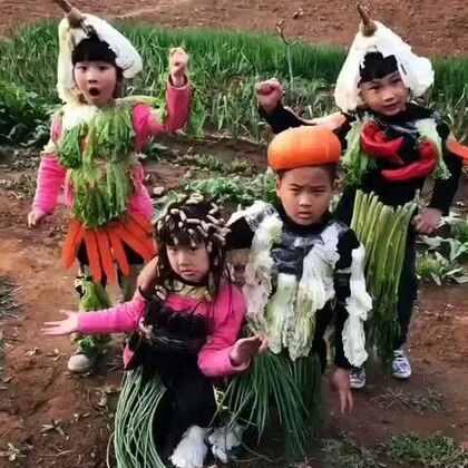 #搞笑##宝宝##我要上热门#给蔬菜宝宝们双击,评论……