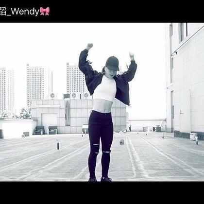 #原创编舞##Girls Like##敏雅音乐#又一个编舞出来,明天就要和我皇上@皇后舞蹈_文静 去日本🇯🇵喽😛啊哈哈哈~ @敏雅可乐 @郑州皇后舞蹈