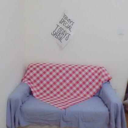 💙💕布置房间🏠今天弄了一下午,主要是那个床我就组装了好半天🤣还差我的小桌子没到位了😊房子虽然很小,但是我也希望它能是我最喜欢的样子❤️#日常##布置房间#